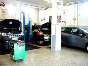 Auto di Palma officina a Boscoreale Napoli